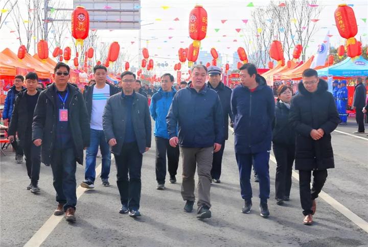 双鹤湖中央公园春节庙会热闹非凡