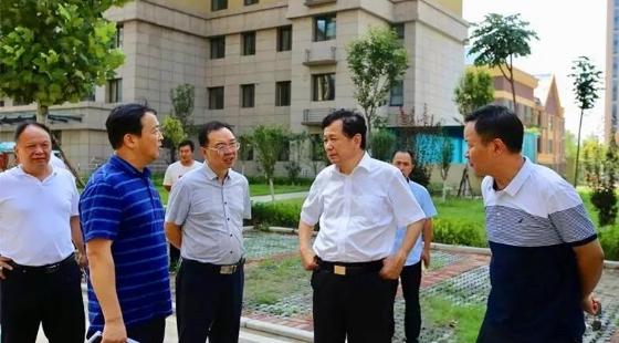 张俊峰主任督导安置房建设及回迁进展工作